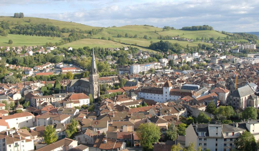 Depuis 2014, «Un toit, un emploi» propose à des Franciliens précarisés et mal-logés de s'installer dans le Cantal, à Aurillac. © Ville d'Aurillac