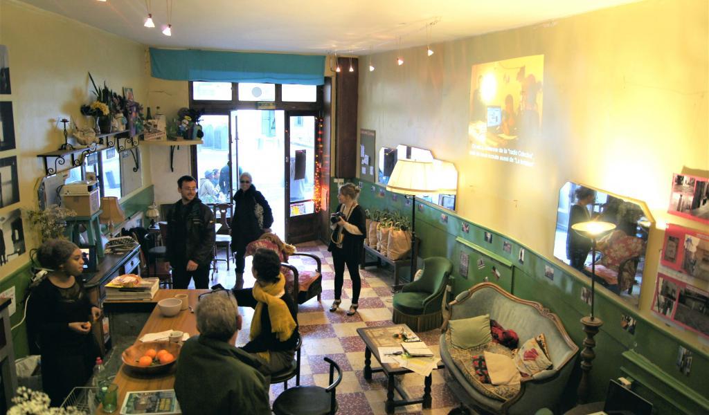 Le BarNabu, café associatif du collectif biterrois Nabucho - FD