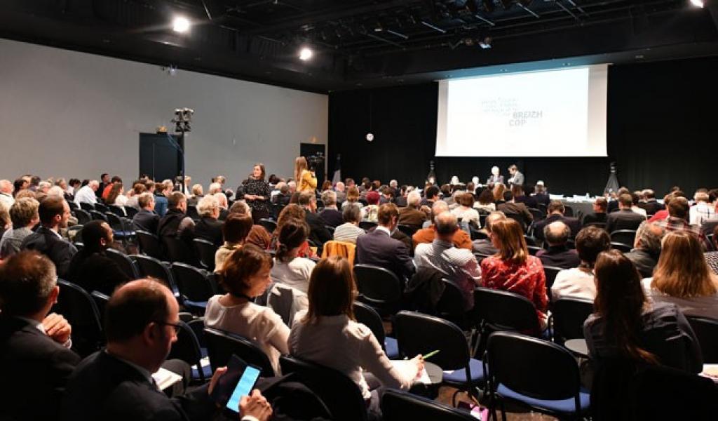 Le Conseil Régional de Bretagne s'est réuni en session exceptionnelle, le 19 avril dernier, pour voter les grandes étapes de la Breizh Cop - Conseil Régional de Bretagne