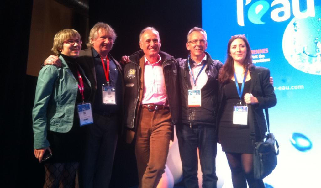Au centre : le sénateur Joël Labbé sénateur , l'animateur radio Denis Cheissoux et le vice-président de la région Bretagne, Thierruy Burlot - Crédit : JD / LMDP