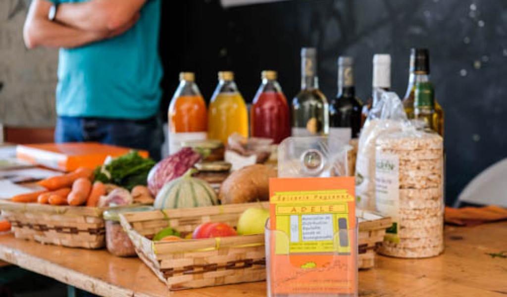 """Les """"épiceries paysannes de quartier"""" sont des commerces bio et locavore de proximité. Crédit : Filière paysanne"""