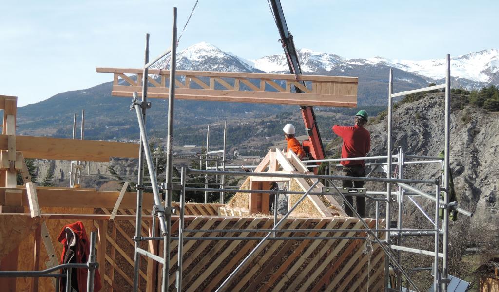 Chantier de la construction du plateau technique au centre de formation du Gabion, à Embrun. © Le Gabion