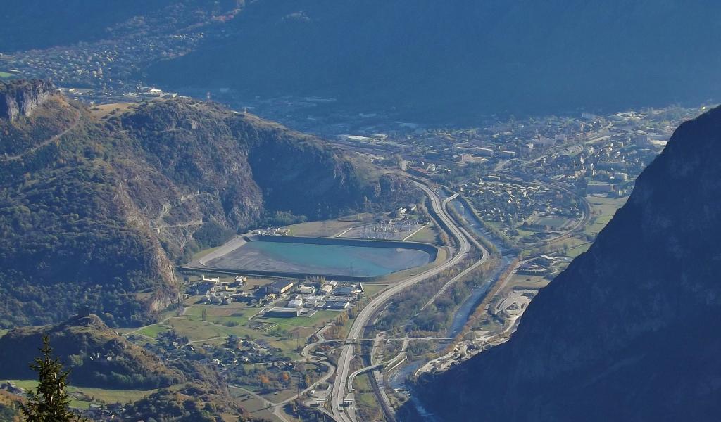 Saint-Jean-de-Maurienne en Savoie (73) : point de départ du tunnel de base franco-italien de 57 kilomètres