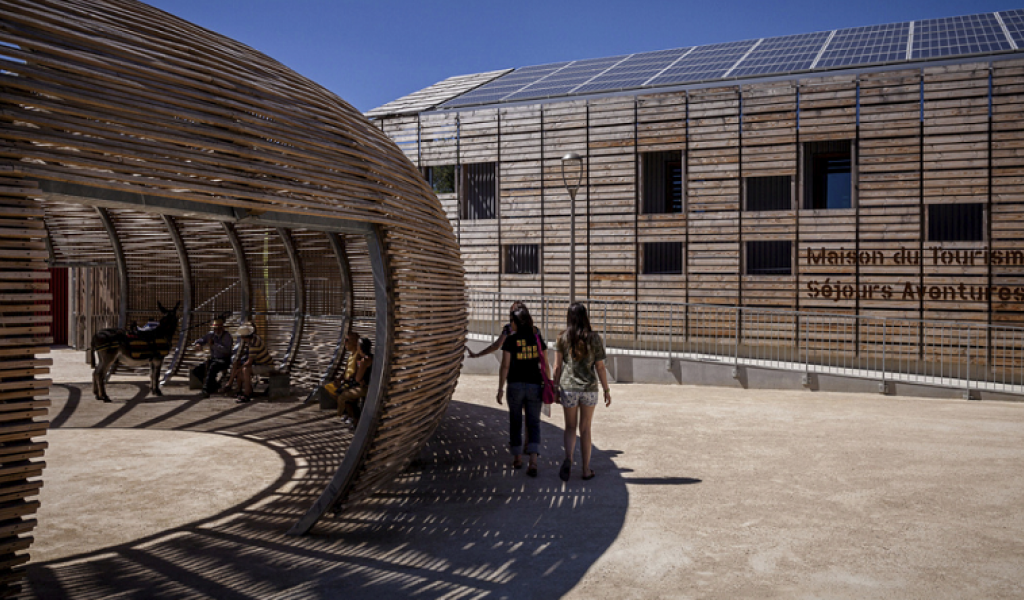 Centre œnotouristique Viavino de Saint-Chritol - Architecte Phillippe Madec - © Pierre-Yves Brunaud