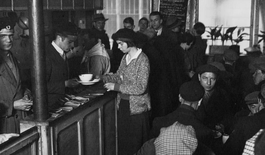 Soupe populaire offerte aux chômeurs en 1932. Crédit : Agence Mondiale / Creative Commons