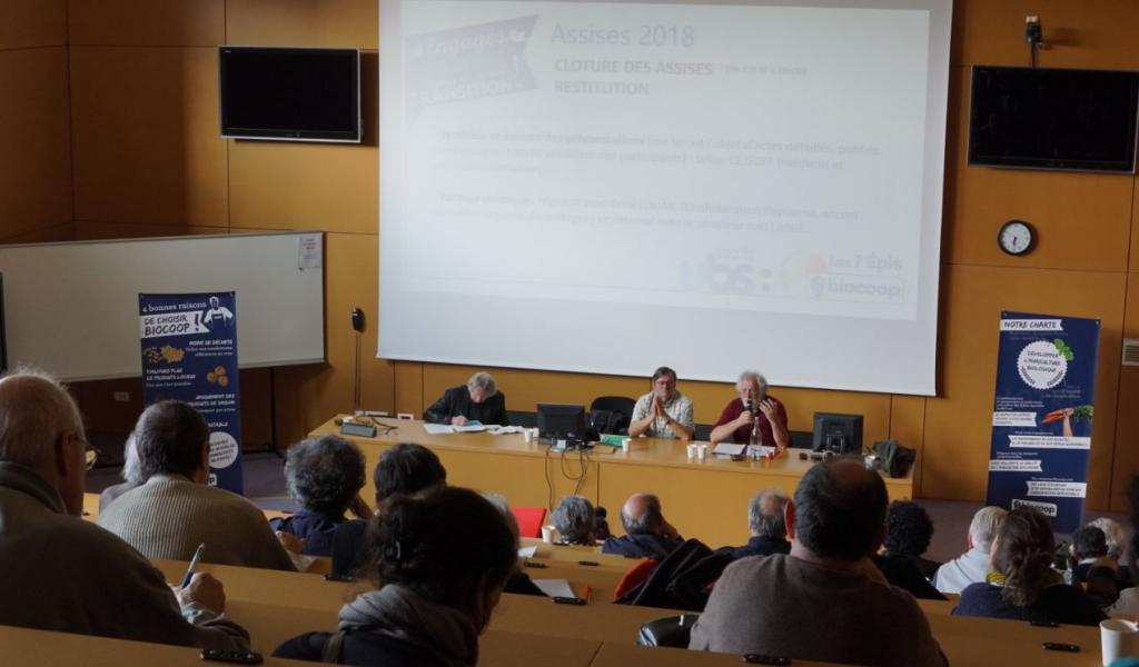 Les Assises de la transition alimentaire étaient organisées par la Biocoop Les 7 épis et le médecin Lylian Le Goff, en partenariat avec l'Université de Bretagne Sud - Crédit : Benoit Vandestick
