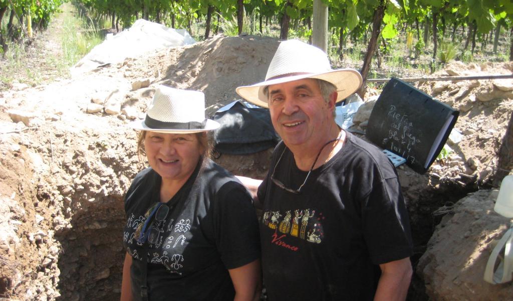 Claude et Lydia Bourguignon au Chili en 2017 - Crédit photo : LAMS