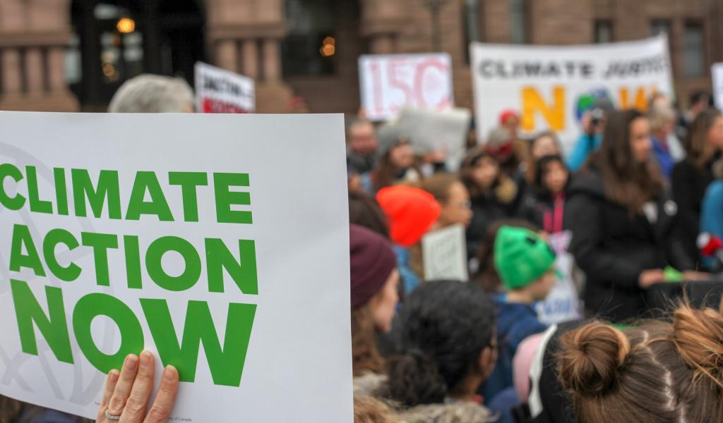 Manifestation contre l'inaction climatique. Photo : Pixabay